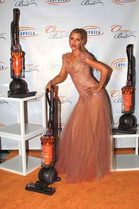 Sophie Monk poses at the Lupus LA Orange Ball