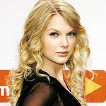 Nigel Barker's Taylor Swift Photo Book To Be Auctioned For Charity