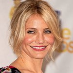 Cameron Diaz Gets Hands Dirty For Charity