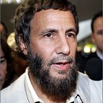 Yusuf Islam Uses Fan Voices For Peace