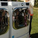 Christina Applegate Signs Washing Machine For Charity