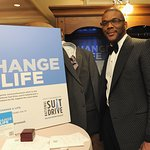 Stars Support National Suit Drive To Help Unemployed Americans