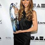 Giuliana Rancic Honored With Beautiful Humanitarian Award