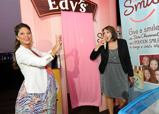 Vanessa Lachey indulged in Edy's Slow Churned Light Ice Cream while helping the brand give away scoops to raise money for Operation Smile.