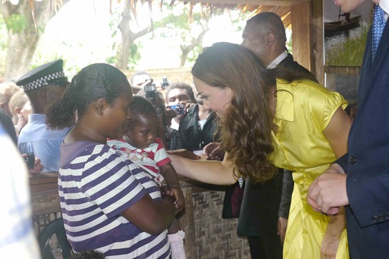 The Duke and Duchess also met with an inspiring young woman and her infant daughter. The woman, Louise Whitney survived an abusive relationship and is now able to support her family with a store. She received business training from World Vision.