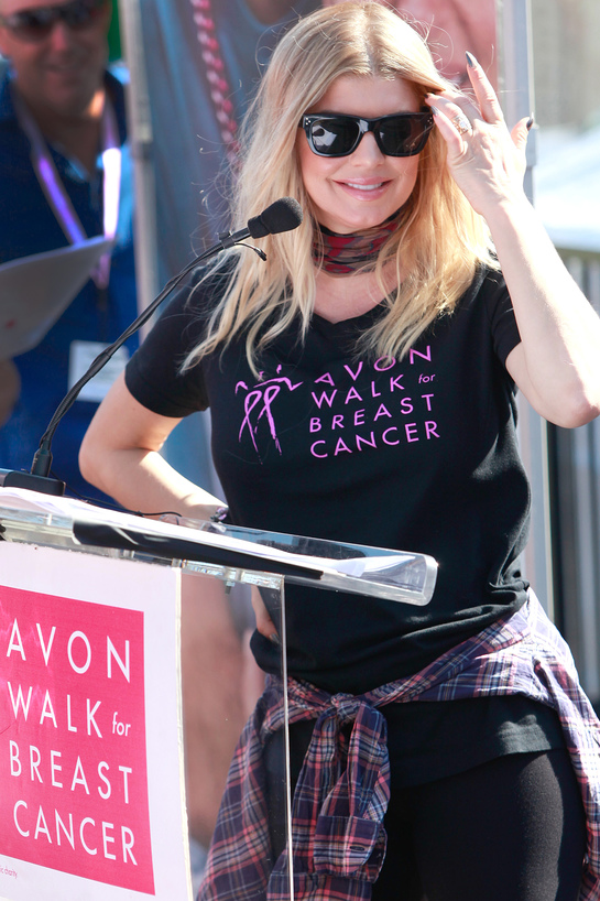 Fergie Awards Grants at Avon Walk for Breast Cancer