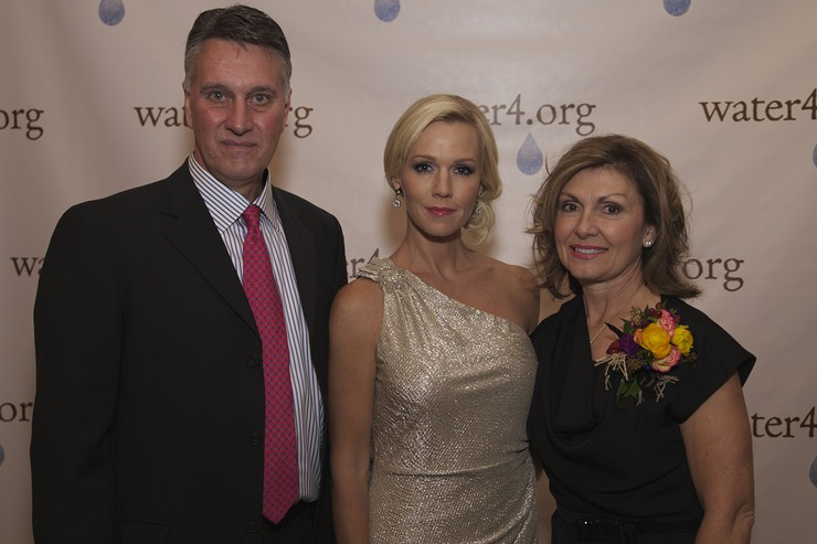 Co-Founders of Water4 Foundation, Dick and Terri Greenly, with Water4 Ambassador Jennie Garth attended the First Annual Pioneering Spirit Gala in Oklahoma City 9/27.
