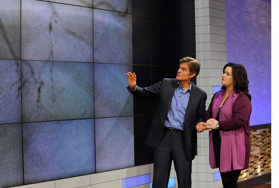 Dr. Oz reviews Rosie O'Donnell's angiogram while discussing her heart attack in the world exclusive interview airing Monday, October 8 on The Dr. Oz Show
