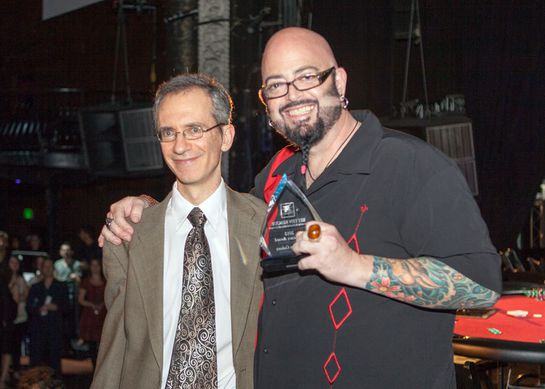 Ben Lehrer presents Jackson Galaxy with the Advocate of the Year Award