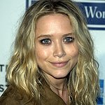 Olsen Twins Host Charity Art Auction
