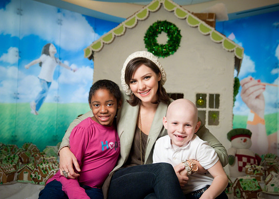 Katharine McPhee supports St. Jude Children's Research Hospital Give thanks. Walk.