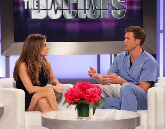 Kelly Preston on The Doctors