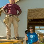 Garth Brooks Joins Jimmy Carter To Build Homes In Haiti