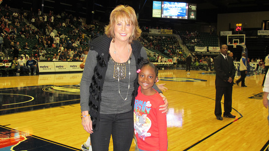 Basketball Hall of Famer Nancy Lieberman Applauds Big Brothers Big Sisters' Choice of Jamie Foxx as National Spokesperson.