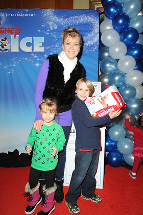 Alison Sweeney helps families in need by donating diapers to Baby Buggy at Disney on Ice Dare to Dream Premiere