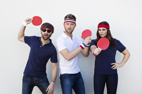 Lady Antebellum Play Charity Ping Pong