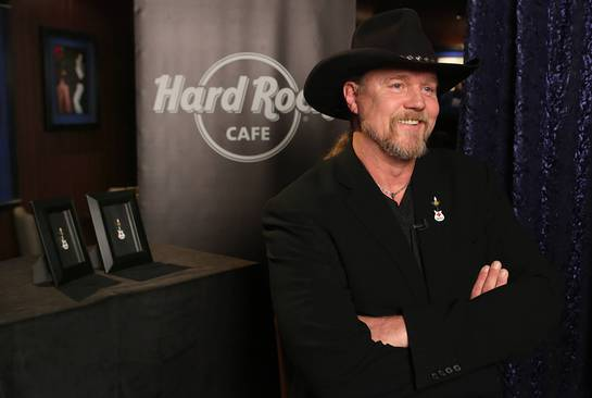 Trace Adkins launches a partnership between Hard Rock and the American Red Cross in support of American Red Cross Month