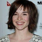 Renee Felice Smith: Profile