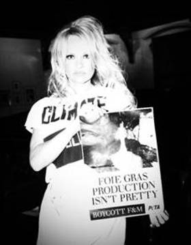 Pamela Anderson Says No To Foie Gras