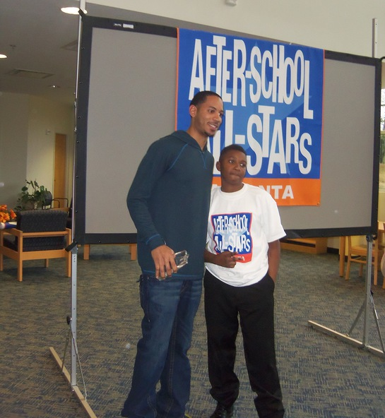NBA Atlanta Hawks Guard Devin Harris visits ASAS