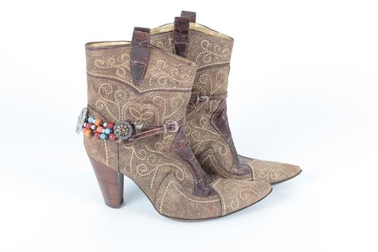 Shirley Bassey's Cowboy Heels