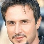 David Arquette Helps Feed America