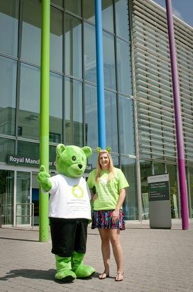 Rebecca Adlington Be Seen In Green