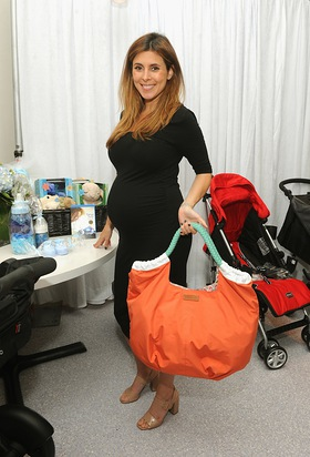 Jamie-Lynn Sigler celebrates her baby shower benefitting Baby Buggy