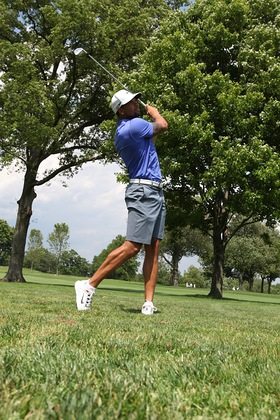 Deron Williams Plays Golf For Autism Speaks