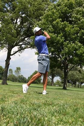 Deron Williams Plays Golf For Autism Speaks