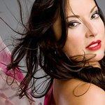 Margo Rey: Profile