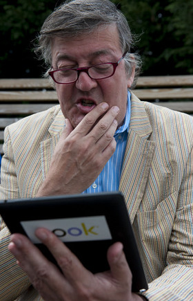 Stephen Fry reads Harry Potter and the Philosopher's Stone on a NOOK HD+ tablet.