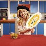 Nickelodeon's Jennette McCurdy Wants Kids To Eat More Veggies