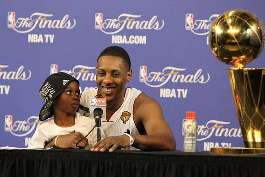 Mario Chalmers Gives Back