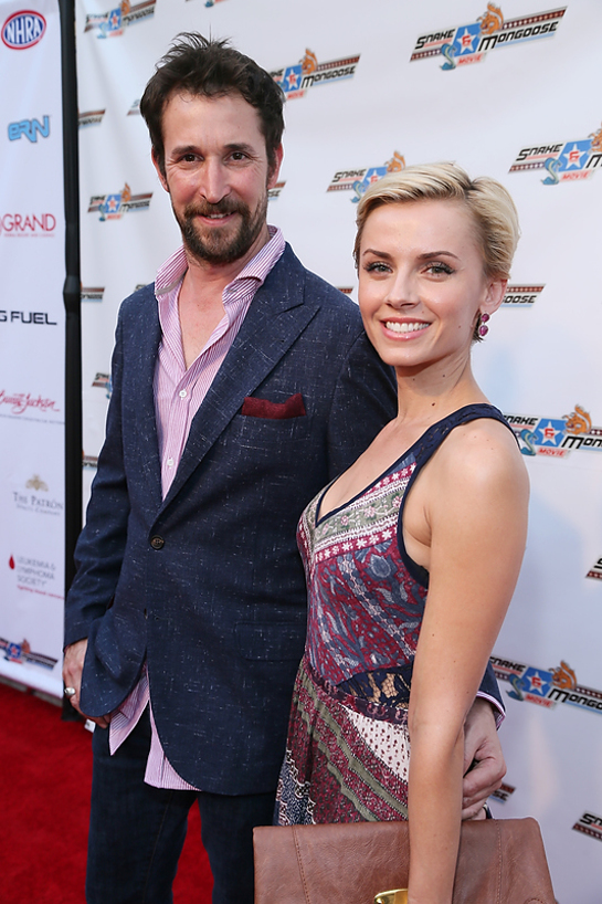 Noah Wylie and Sara Wells at the Hollywood Premiere of Snake and Mongoose benefitting The Leukemia and Lymphoma Society at The Egyptian Theater