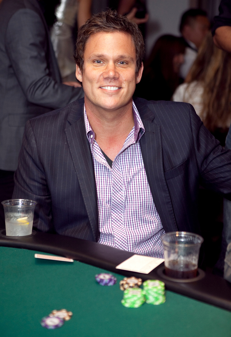 Bob Guiney at the tables