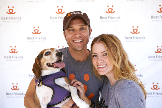 Seamus and Juliana Dever with Maizy