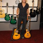 Keith Urban Guitars To Benefit Charity