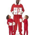 """Shaquille O'Neal Returns As Shaq-A-Claus For 10th Annual Toys""""R""""Us Toys For Tots Campaign"""
