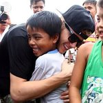 Justin Bieber Performs For Typhoon Haiyan Victims