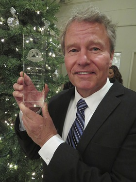 Actor and Activist John Savage honored with Golden Goody Award for humanitarian work at Typhoon Haiyan Fundraiser in Malibu