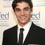 Breaking Bad's RJ Mitte To Be Honored By Starlight Children's Foundation
