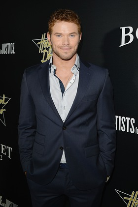 Kellan Lutz At Hollywood Domino Event