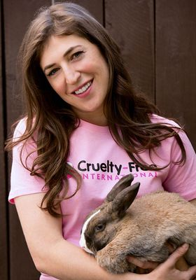 Mayim Bialik And Friend Support Cruelty Free International