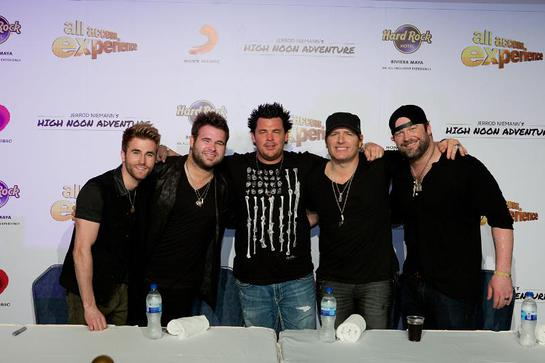 Jerrod Niemann's High Noon Adventure at the Hard Rock Hotel Riviera Maya raises more than $10,000 for Little Kids Rock with an all-inclusive, All Access Experience for guests
