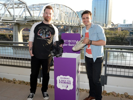 David Cook And Kris Allen Donate Their Shoes To Soles4Souls