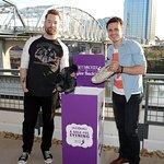 American Idols Reunite To Give Back