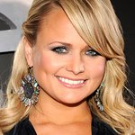 Miranda Lambert Headlines Cause For Paws Concert