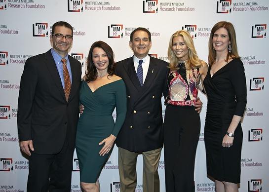Walter M. Capone of the MMRF, Fran Drescher, Michael Reinert, Aviva Drescher and Anne Quinn Young celebrating at the 2014 MMRF Laugh for Life: New York