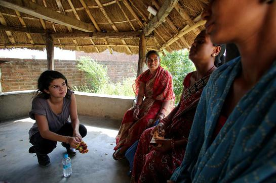 At the Gangaparaspur Health Post, UNICEF Ambassador, Selena Gomez had the chance to speak with UNICEF-supported Female Community Health Volunteers and expectant mothers
